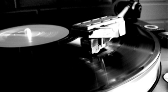 Turntable Spinning - Why turntables beat digital sound
